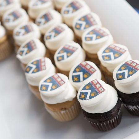 HES Convocation Cupcakes