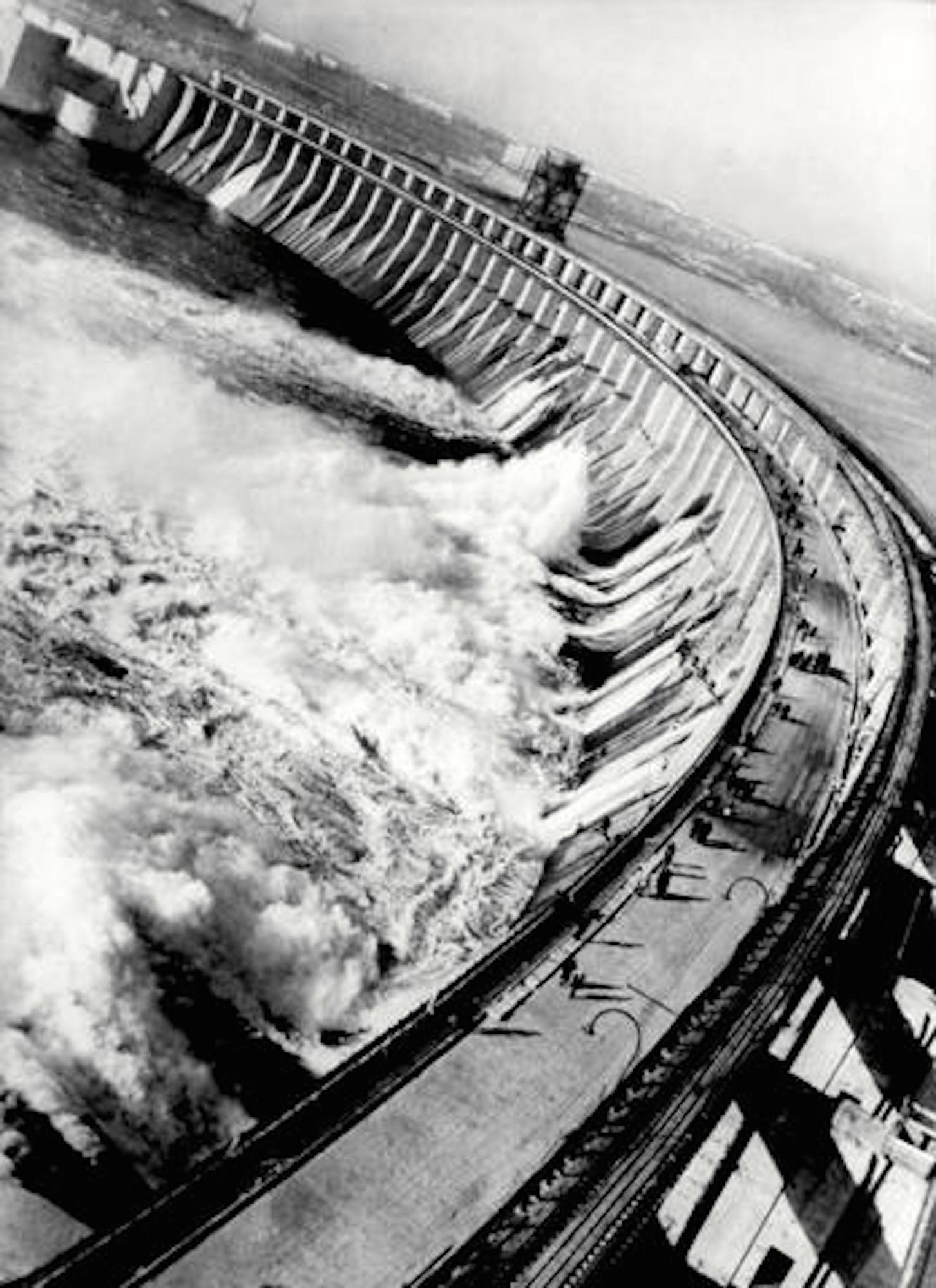 DniproHES Dam, 1932